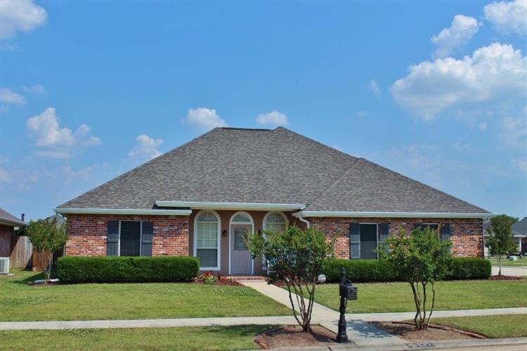 137 Wimberly Way, Houma, LA 70360