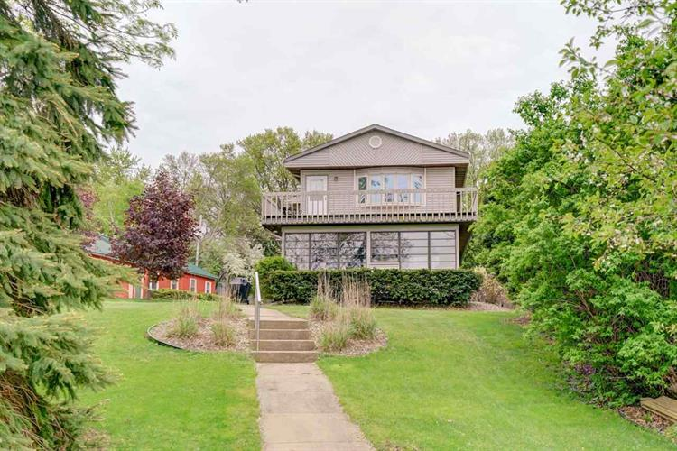 1620 WAUNONA WAY, Madison, WI 53713 - Image 1