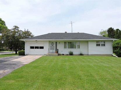 903 Edgewater RD  Fort Atkinson, WI MLS# MM1640535