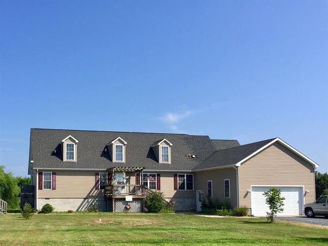 31055 HARBOR LN, Painter, VA 23420
