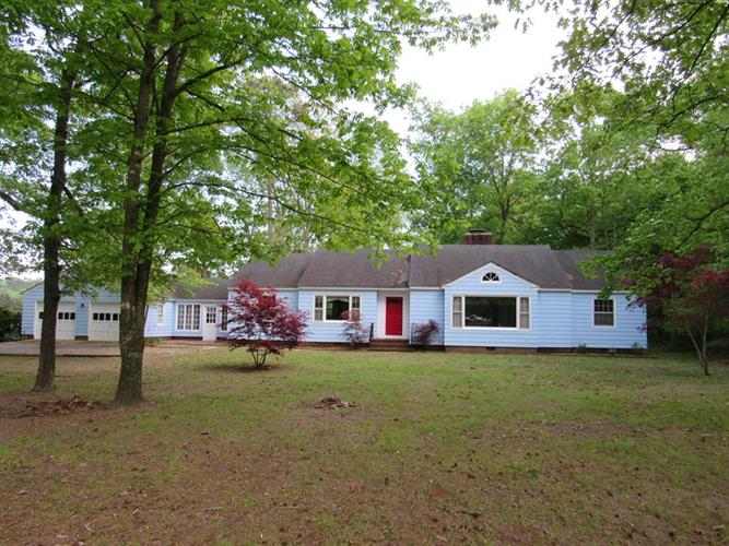 32460 CHINCOTEAGUE RD, New Church, VA 23415
