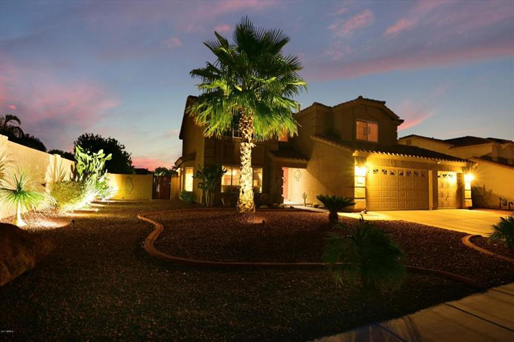 31684 N RED ROCK Trail, San Tan Valley, AZ 85143