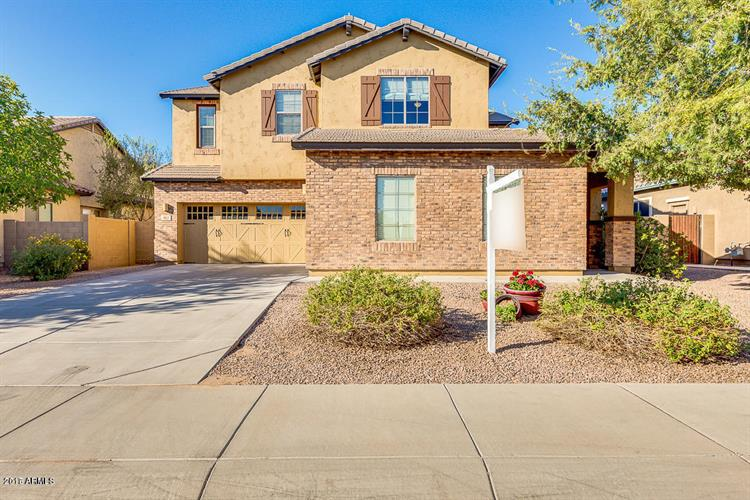 952 E BUCKINGHAM Avenue, Gilbert, AZ 85297