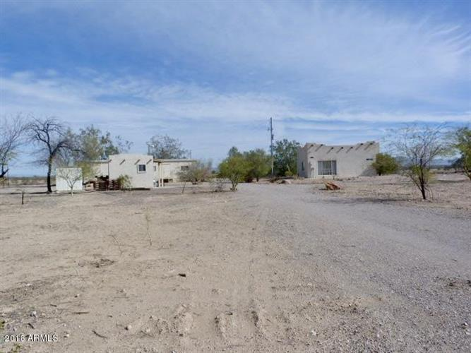 33516 W LOWER BUCKEYE Road, Tonopah, AZ 85354