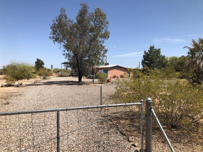 8465 N DIFFIN Road, Florence, AZ 85132