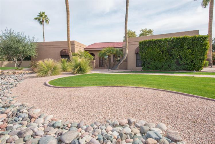 10425 N 49th Place, Paradise Valley, AZ 85253