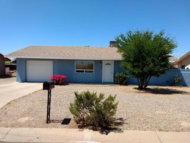 1344 E 30th Avenue, Apache Junction, AZ 85119