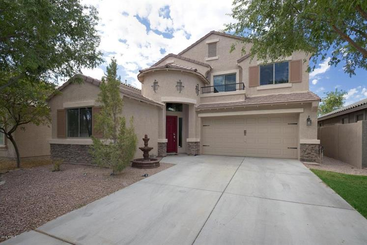 77 W GREY STONE Street, San Tan Valley, AZ 85143