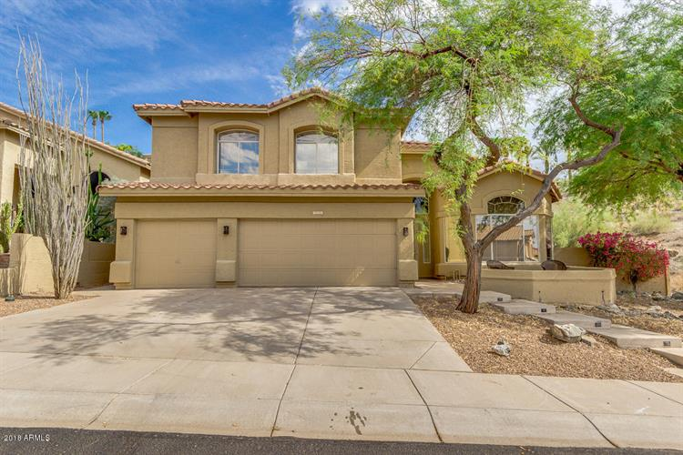 750 E HIDDENVIEW Drive, Phoenix, AZ 85048
