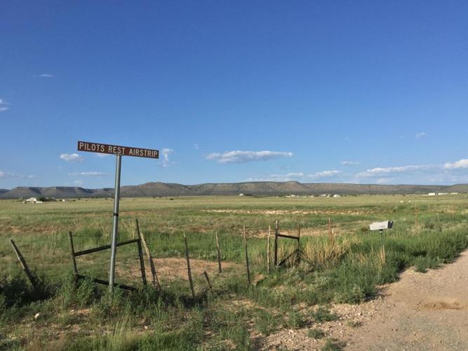 26XXX W Pilot Rest Airstrip Road, Paulden, AZ 86334 - Image 1