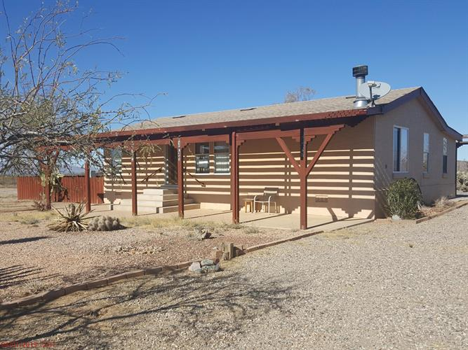 52218 N FOREPAUGH PEAK Road, Wickenburg, AZ 85390 - Image 1