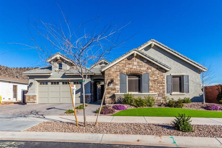 4520 E JONES Street, Gilbert, AZ 85295 - Image 1