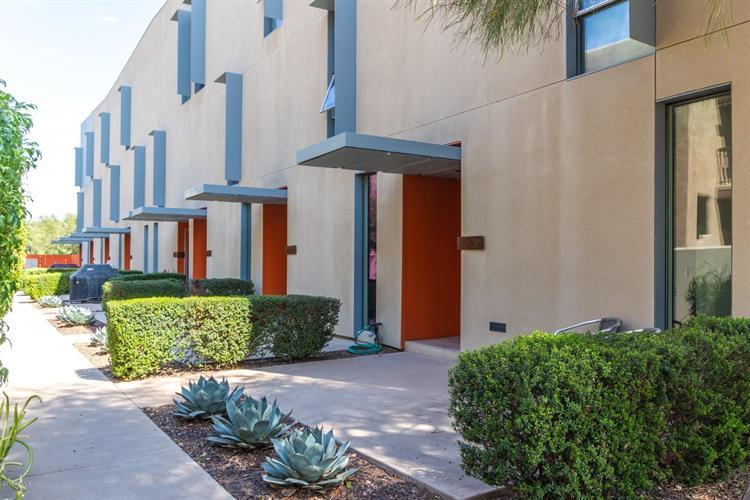 7047 E Earll Drive, Scottsdale AZ 85251 For Sale, MLS # 5899946,  Weichert com
