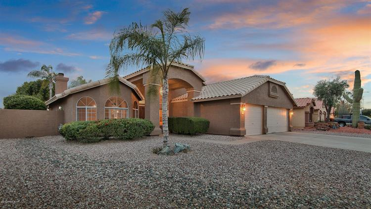 1105 W COURTNEY Lane, Tempe, AZ 85284 - Image 1