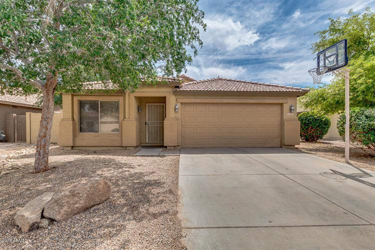 3255 E WOODSIDE Way, Gilbert, AZ 85297 - Image 1