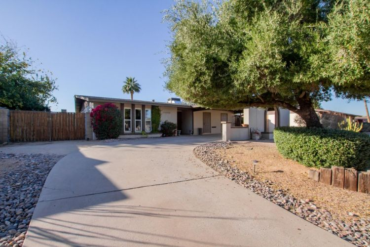11646 N 38TH Place, Phoenix, AZ 85028 - Image 1