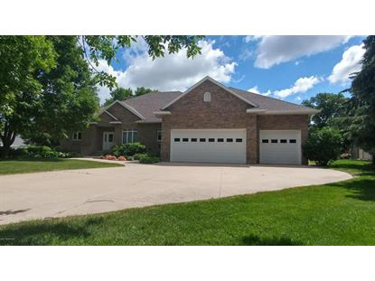 3001 Eagle Ridge Drive E, Willmar, MN