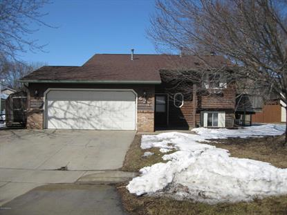 627 33rd St Lane NW, Rochester, MN