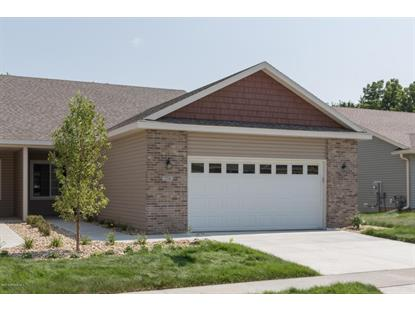 2706 Hawk Ridge Court SE, Rochester, MN