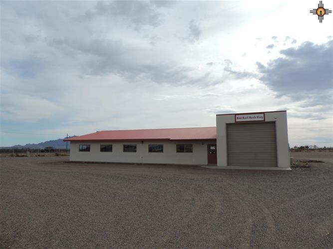 70 SW Dona Ana RD, Deming, NM 88030