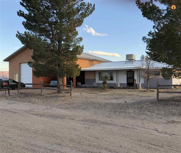 5070 Pajarito Rd SE, Deming, NM 88030