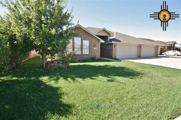 1008 Chase Meadow Lane, Clovis, NM 88101
