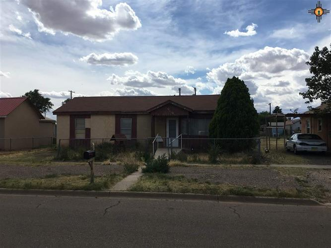 908 Jones, Clovis, NM 88101