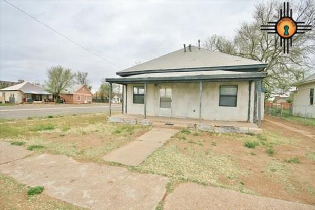 300 Sheldon, Clovis, NM 88101
