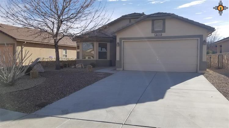 2542 Kentwood Court, Las Cruces, NM 88012