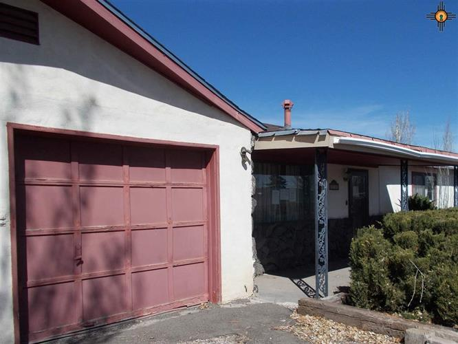 1714 Red Rock, Gallup, NM 87301