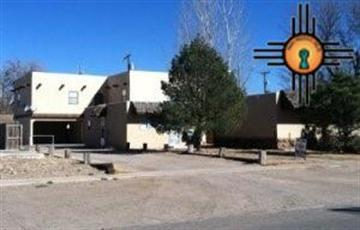 209, 211, 215 S Ave. E, Portales, NM 88130