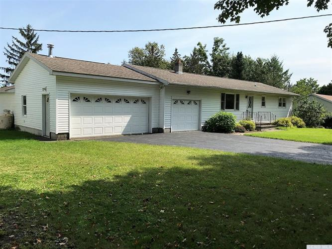 90 Schoharie Turnpike, Athens, NY 12015