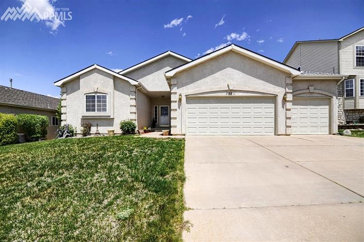 2320 Pinhigh Court, Colorado Springs, CO 80907