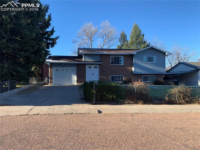 130 Estrella Vista Street, Colorado Springs, CO 80911