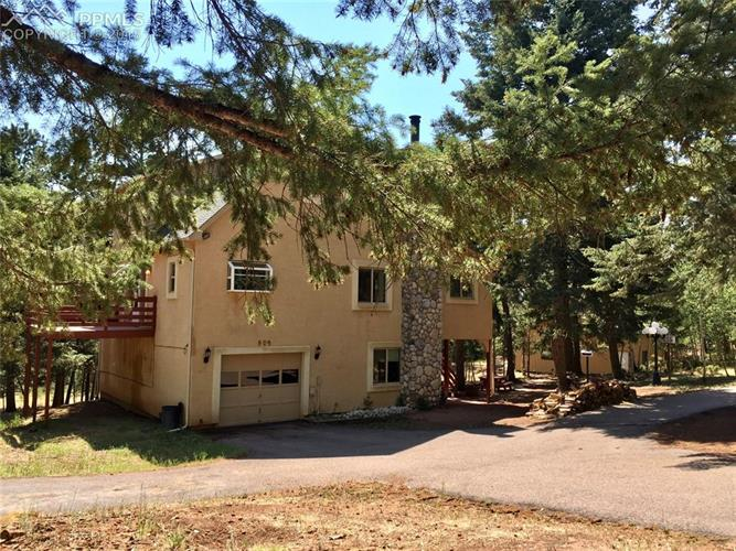 909 S West Street, Woodland Park, CO 80863