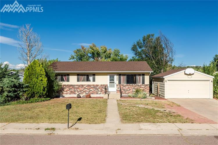 4308 N Delighted Circle, Colorado Springs, CO 80917