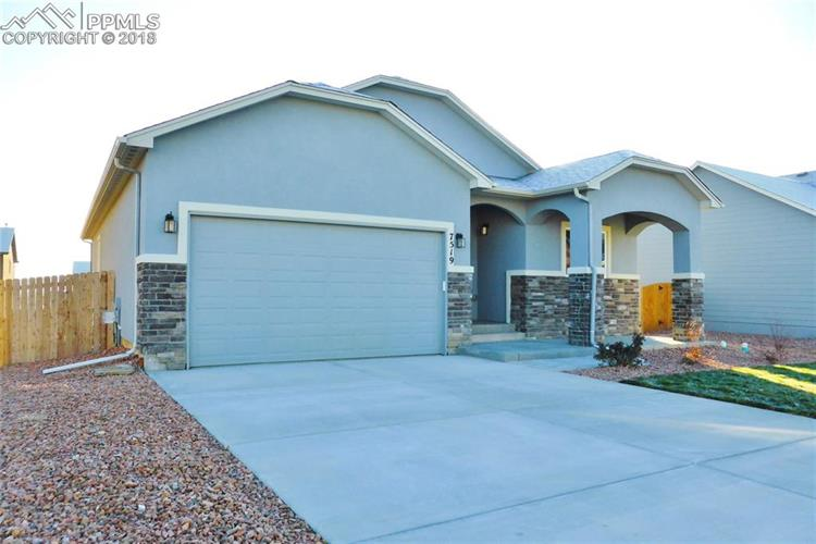 7519 Dutch Loop, Colorado Springs, CO 80925