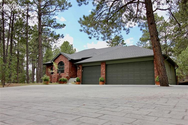18690 St Andrews Drive, Monument, CO 80132