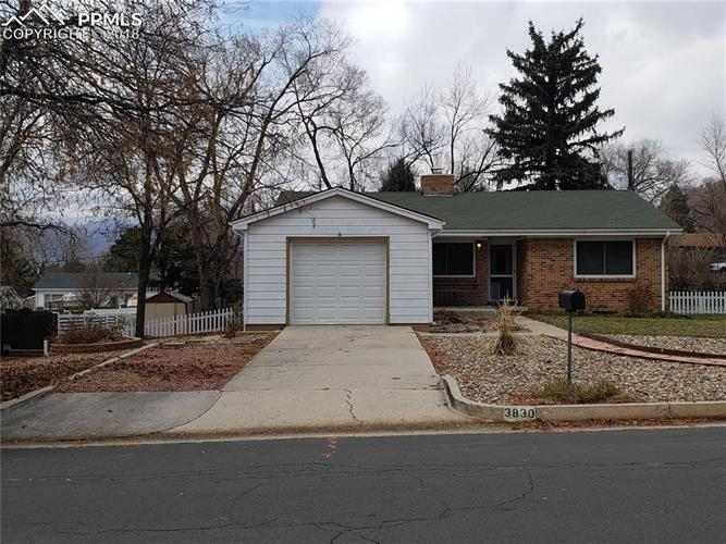 3830 Panorama Road, Colorado Springs, CO 80907