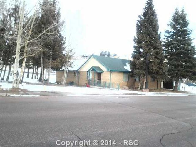127 E CARR Avenue, Cripple Creek, CO 80813