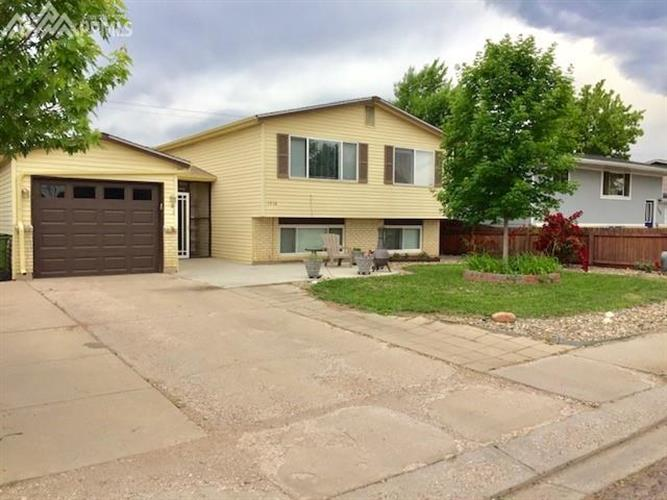 1710 Southmoor Drive, Fountain, CO 80817