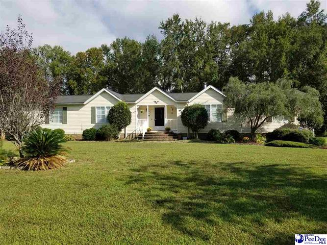 940 White Pond Road, Effingham, SC 29541