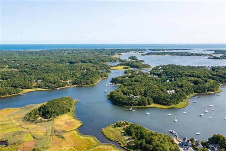 270 Smoke Valley Road, Barnstable, MA 02655