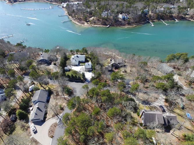 10 Cotuit Cove Road, Barnstable, MA 02635