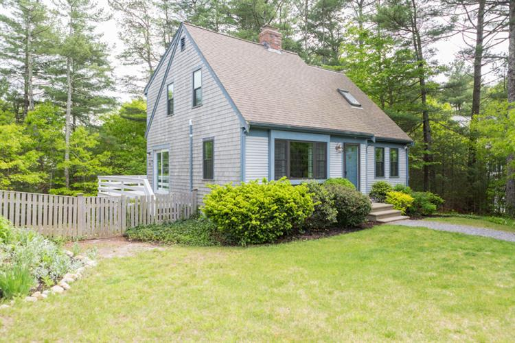 osterville singles & personals Osterville real estate is primarily made up of medium sized (three or four  bedroom) to large (four, five or more bedroom) single-family homes and small.
