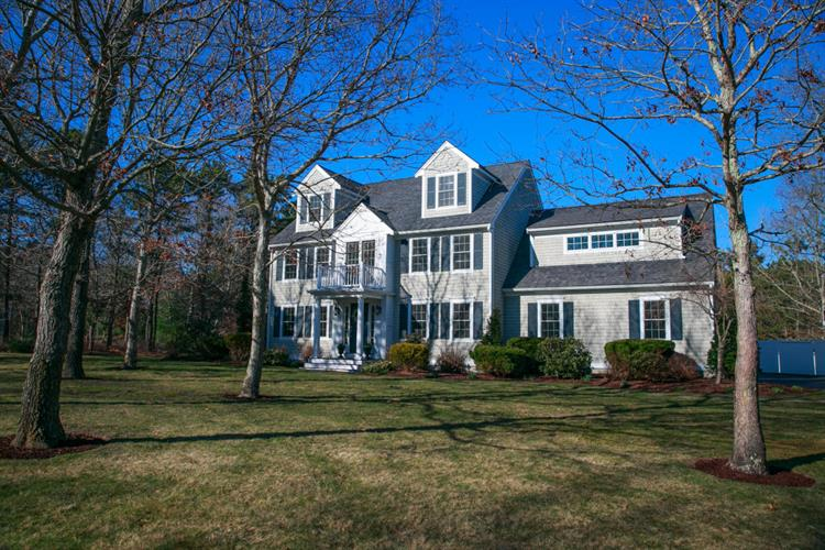 1 Anthonys Way, Mashpee, MA 02649