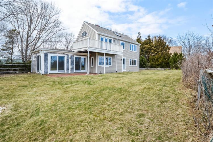 20 Shore Drive, Plymouth, MA 02360