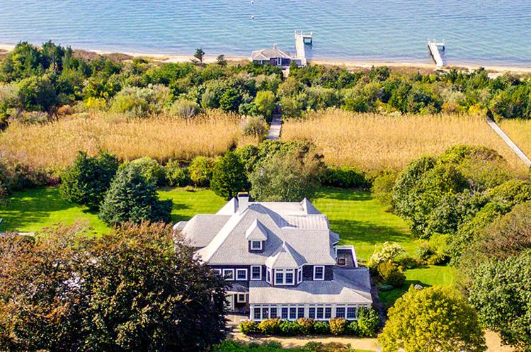 32 Temahigan Avenue, Oak Bluffs, MA 02557