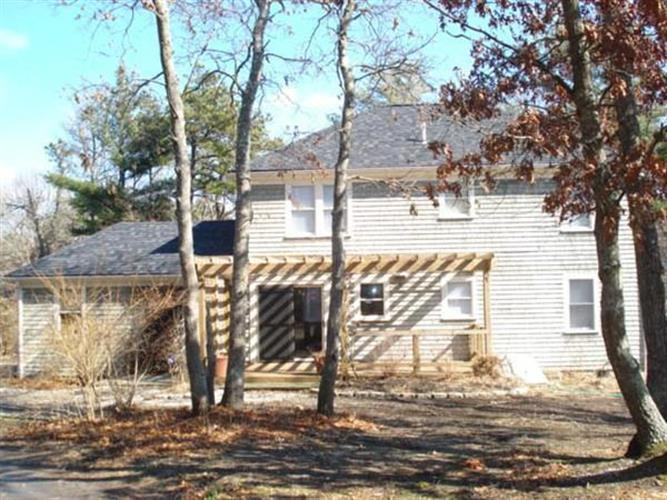 706 Old Barnstable Road, Mashpee, MA 02649