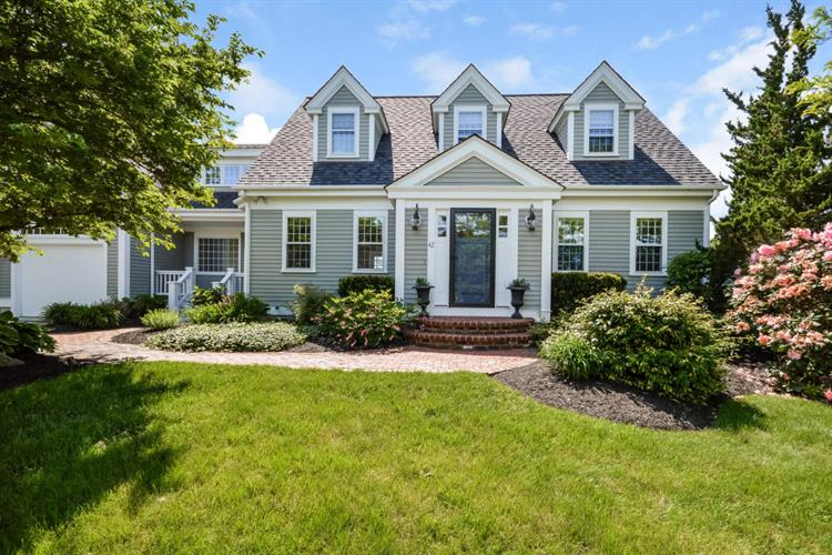42 Downer Road, Falmouth, MA 02556